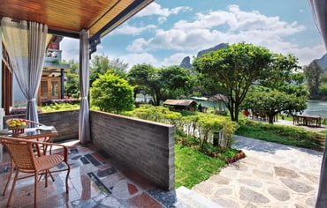 Yangshuo Mountain Retreat Yangshuo hotels Riverview Family Terrace Suite