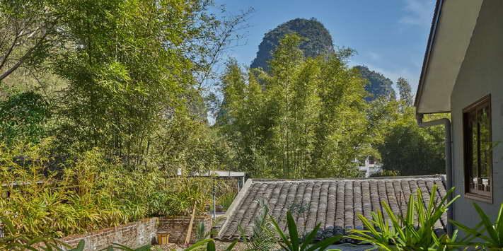Yangshuo Mountain Retreat hill view twin rooms - best among budget Yangshuo hotels.