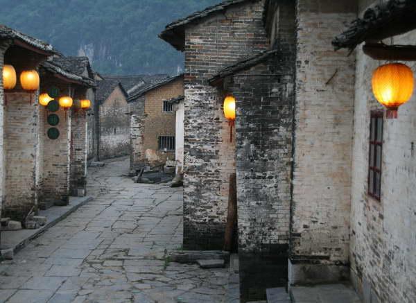 Yangshuo village tours by Yangshuo Mountain Retreat
