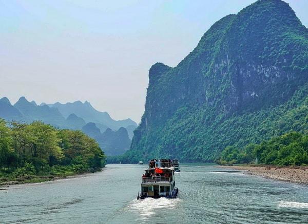 Guilin to Yangshuo Li River cruise